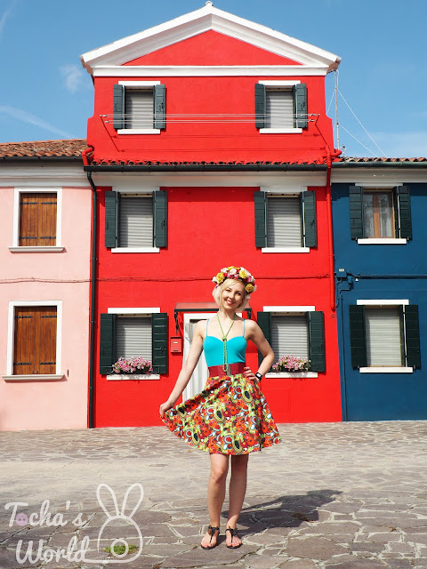 architecture, Bags of Love, Burano Island, cotton drill, digital print, fashion, Italy, pattern cutting, skirt, soutache, Venice, flower crown, printed textiles, textile design, pattern, slow fashion, Tocha's World, Capricho, necklace, jewellery