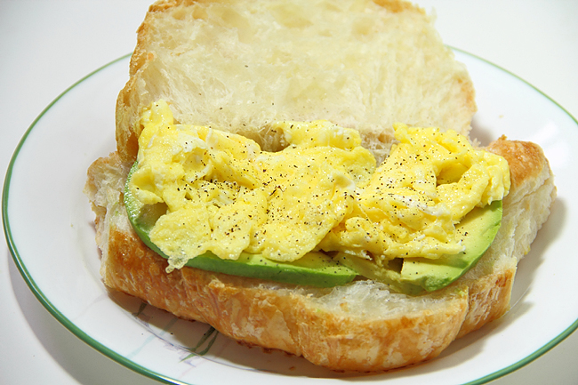 Круассан к завтраку