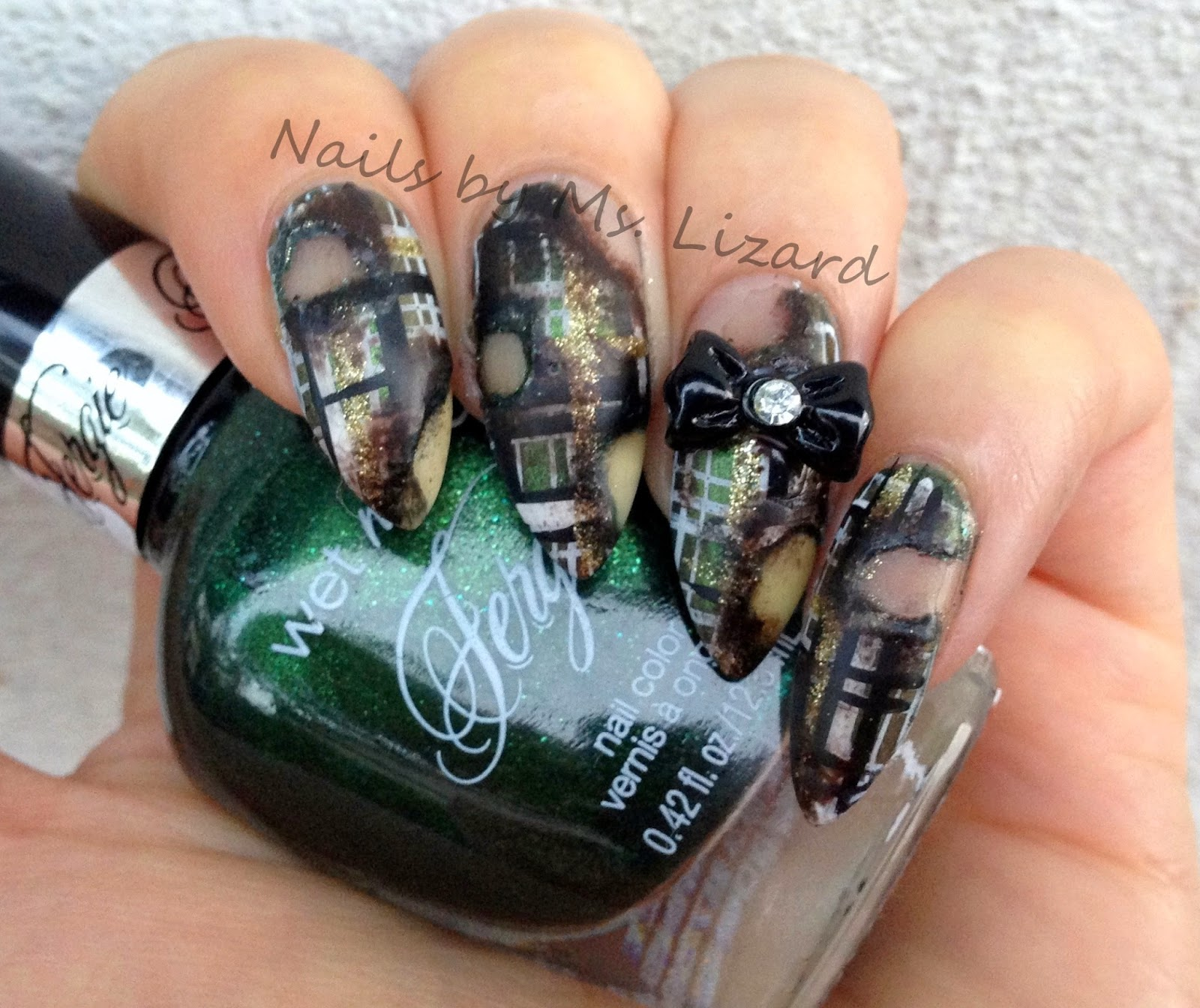 Nails by Ms. Lizard: Plaid Gift Wrap Nails & Burnt Gift Wrap
