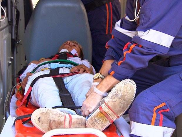 Vítima foi atropelada duas vezes na Avenida Bonocô, em Salvador (Foto: Reprodução/TV Bahia)