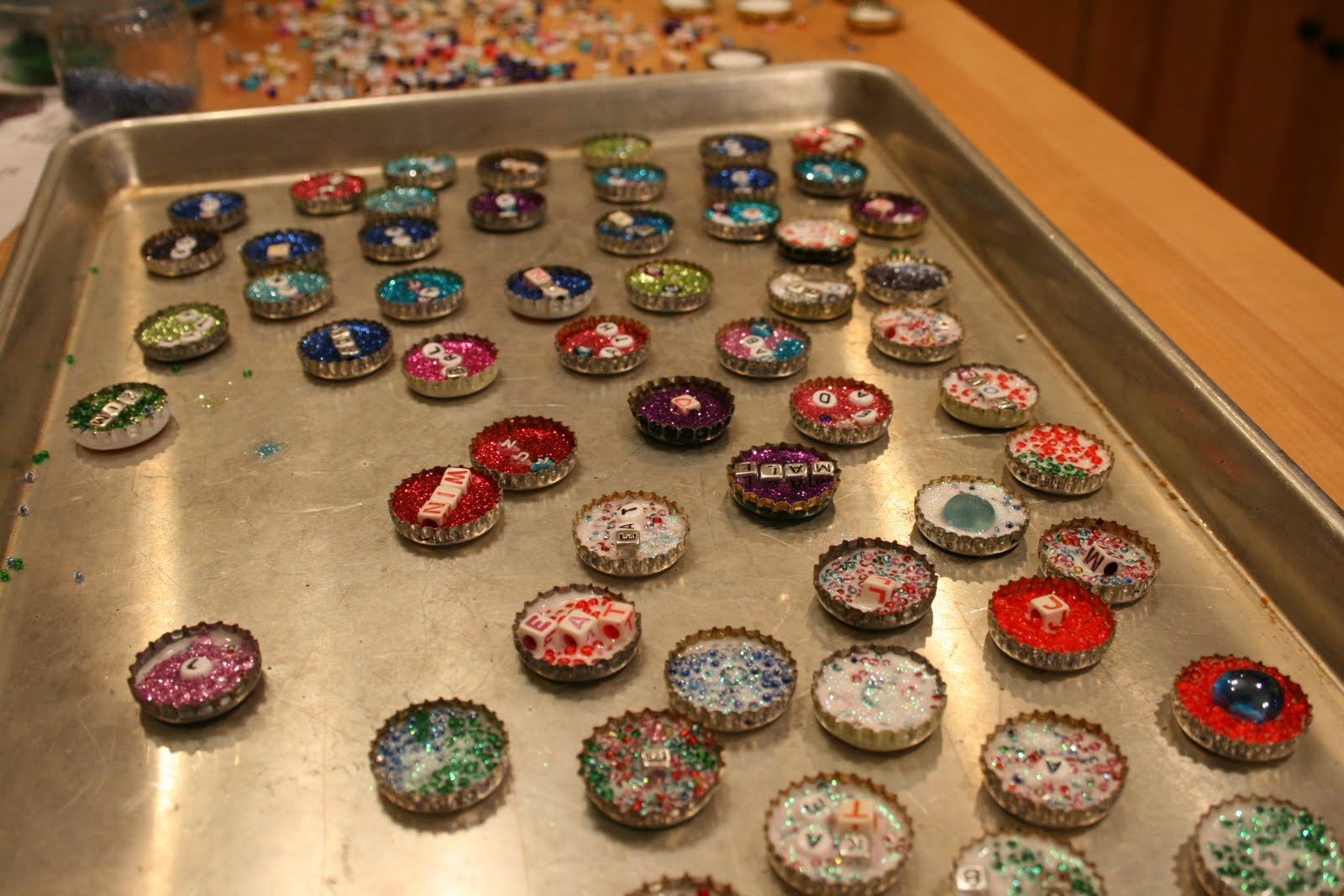 Cool beer bottle cap crafts ask home design for Crafts to do with beer bottle caps