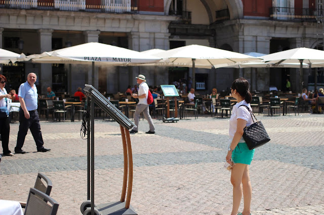 Plaza Mayor | Madrid | Chichi Mary Online Kid's Boutique | Blog