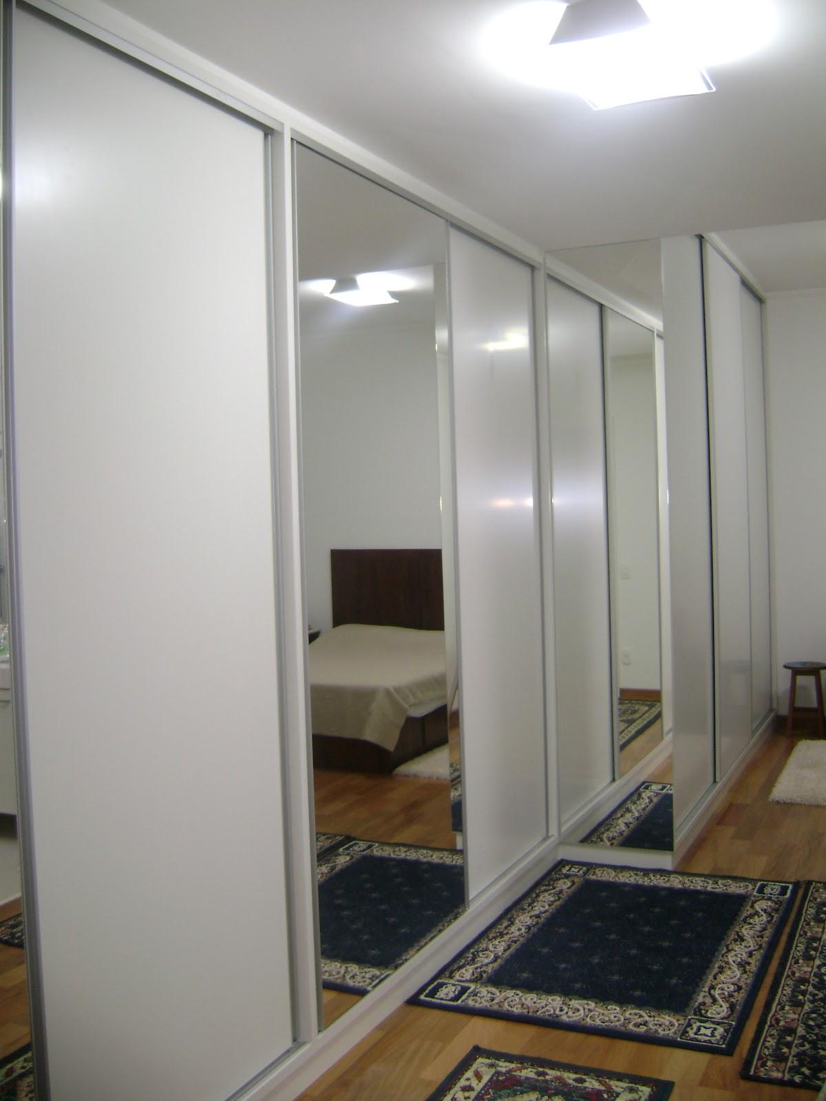decoracao de interiores moveis planejados:É a arte de planejar e arranjar ambientes de acordo com padrões de