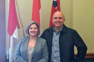 image   Kawartha Lakes NDP Candidate Mike Perry with Andrea Horwath NDP