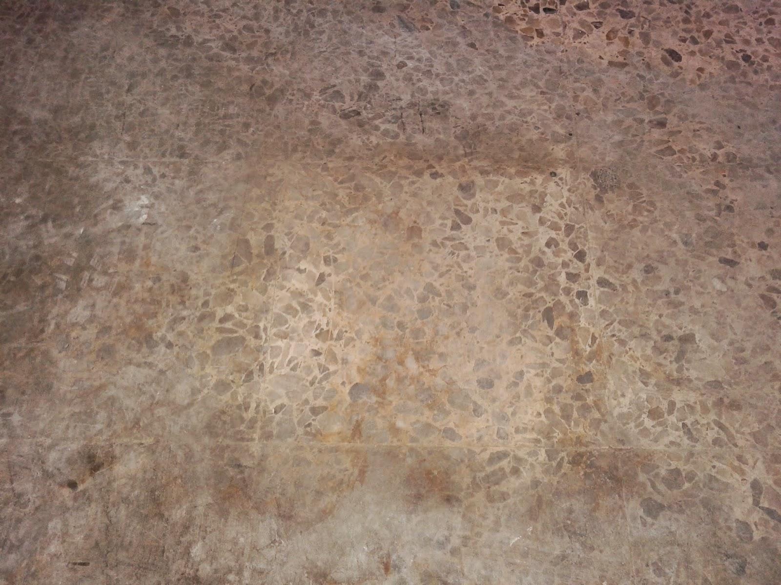 Suelo de terrazo estropeado un blog sobre bienes inmuebles for Como sacar manchas del marmol