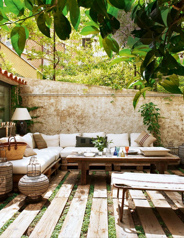 A simple small and perfect outdoor space