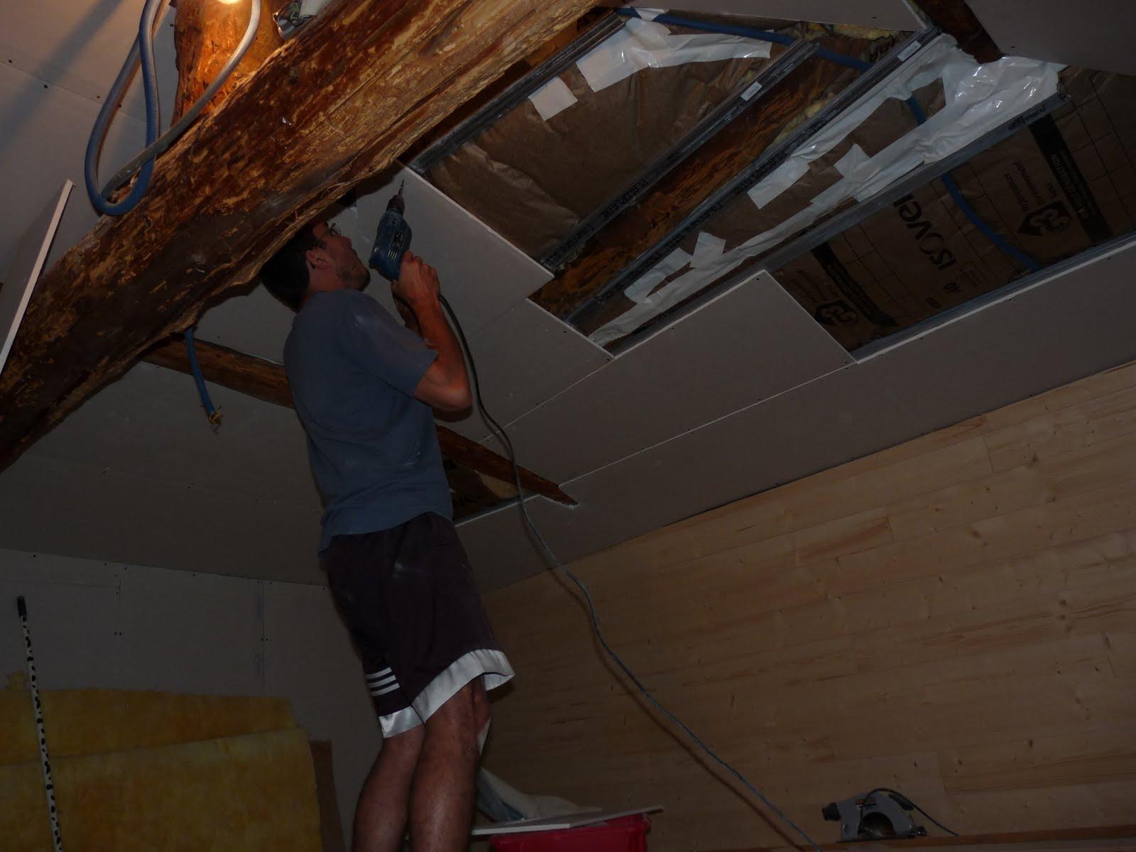 la petite maison de saint vincent placo plafond et pr paration des murs. Black Bedroom Furniture Sets. Home Design Ideas