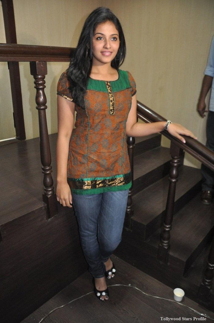 Journey Telugu Full Movie | Anjali | Jai | Sharvanand ...
