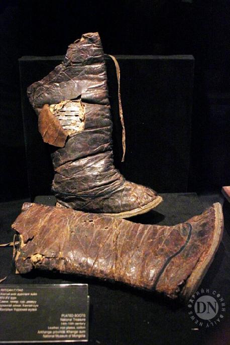 XIII зууны үеийн монгол цэргийн гутал