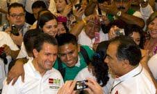 Peña Nieto con la sociedad civil de Acapulco.