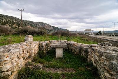 Γνωρίστε τον Ναό του Αγίου Βασιλείου στο Ακραίφνιο…