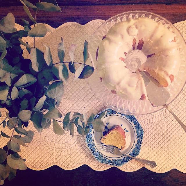 bundt cake vainilla glaseado