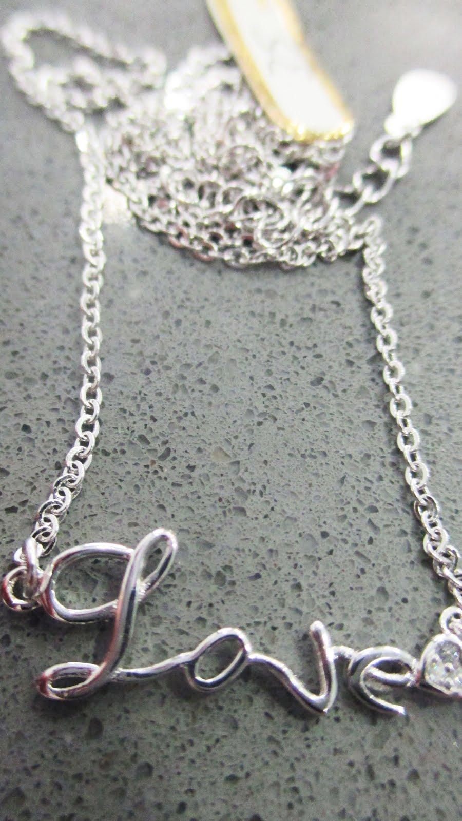 Colgante y cadena de plata