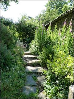 le jardin des 4 coins des jardins dans le cantal partie 1. Black Bedroom Furniture Sets. Home Design Ideas