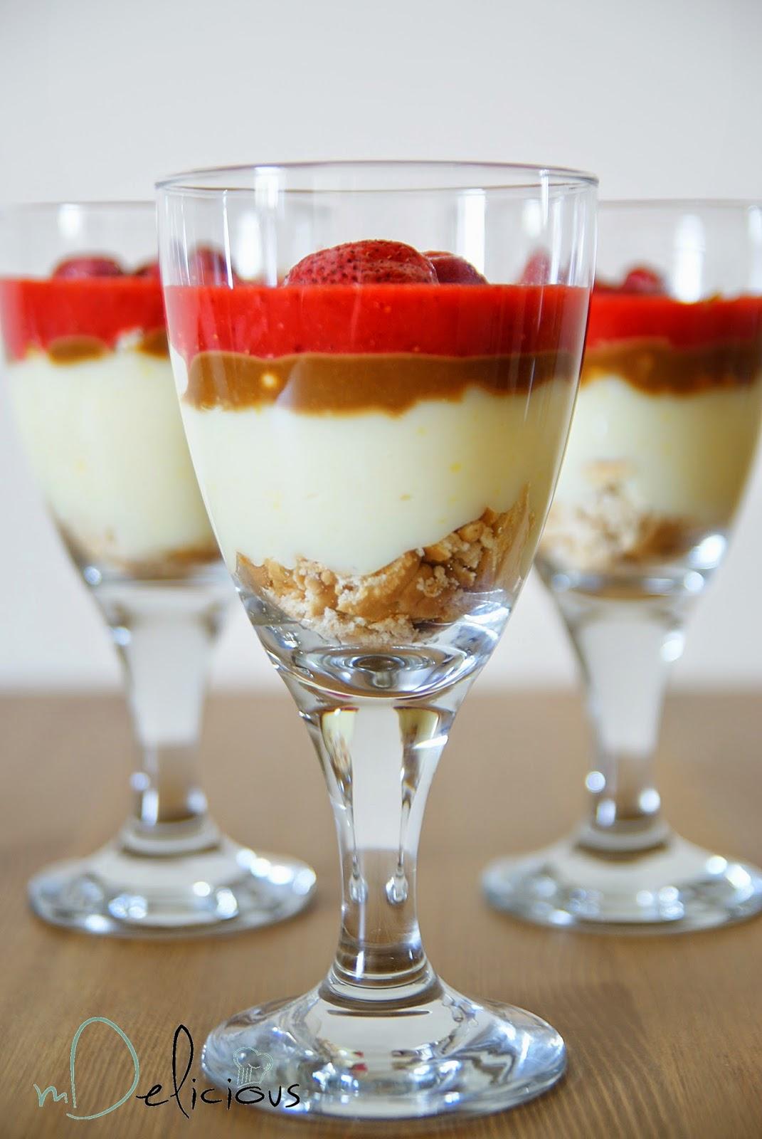 budyń, domowy budyń, deser z truskawkami, deser truskawki, szybki deser, prosty deser z truskawkami, prosty deser