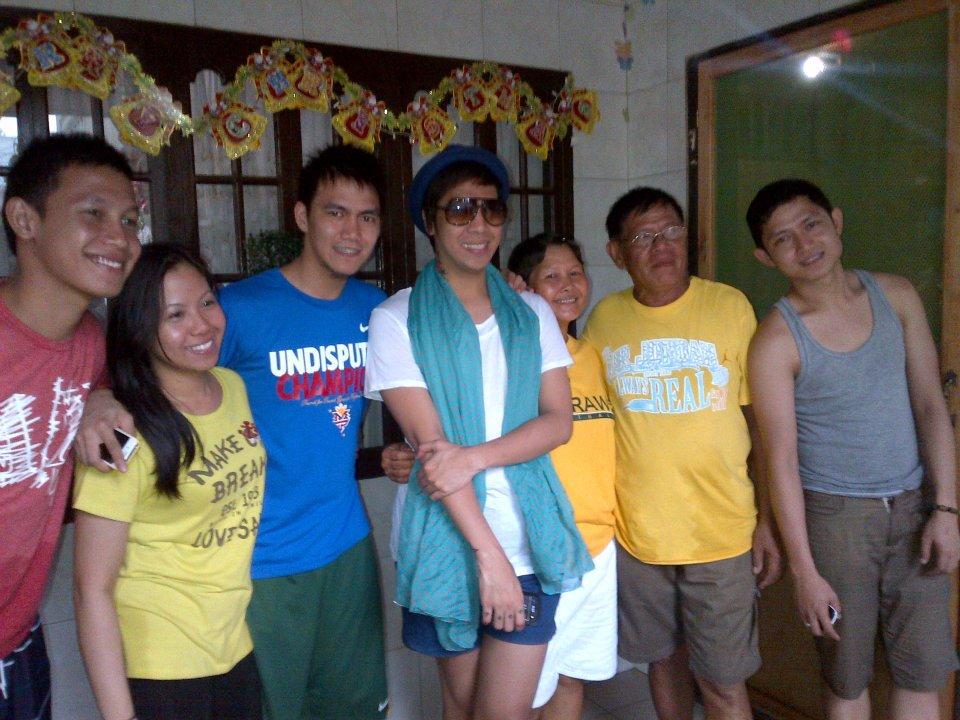 Pictured with almost 36-year-old Vice Ganda is FEU Tamaraws' star