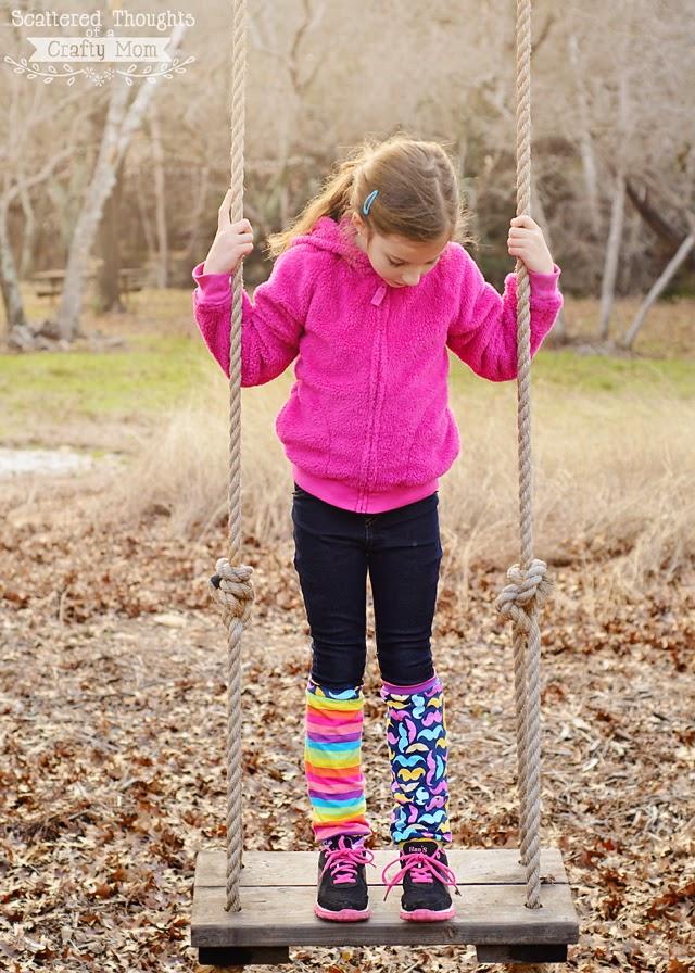 http://www.scatteredthoughtsofacraftymom.com/2015/01/how-to-make-crazy-socks-leg-warmers-tutorial.html