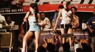 Download Video Dangdut Hot Romansa - Ari Fransisca ft Lia Sanca 3gp