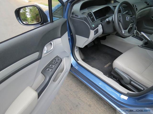 Novo Honda Civic EXR 2016 - espaço dianteiro