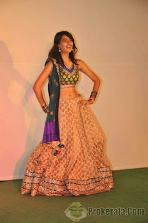 Palak Tiwari   Daughter of Shweta Tiwari spicy Pics (14).jpg
