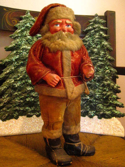 32˙ North Supplies Old German Santa Claus Candy Container