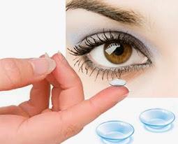 merawat lensa kontak