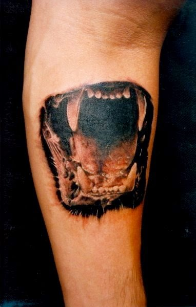 Tatuaje boca de tigre