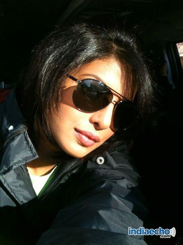 All Stars Photo Site: Leaked Priyanka Chopra Twitter Pics