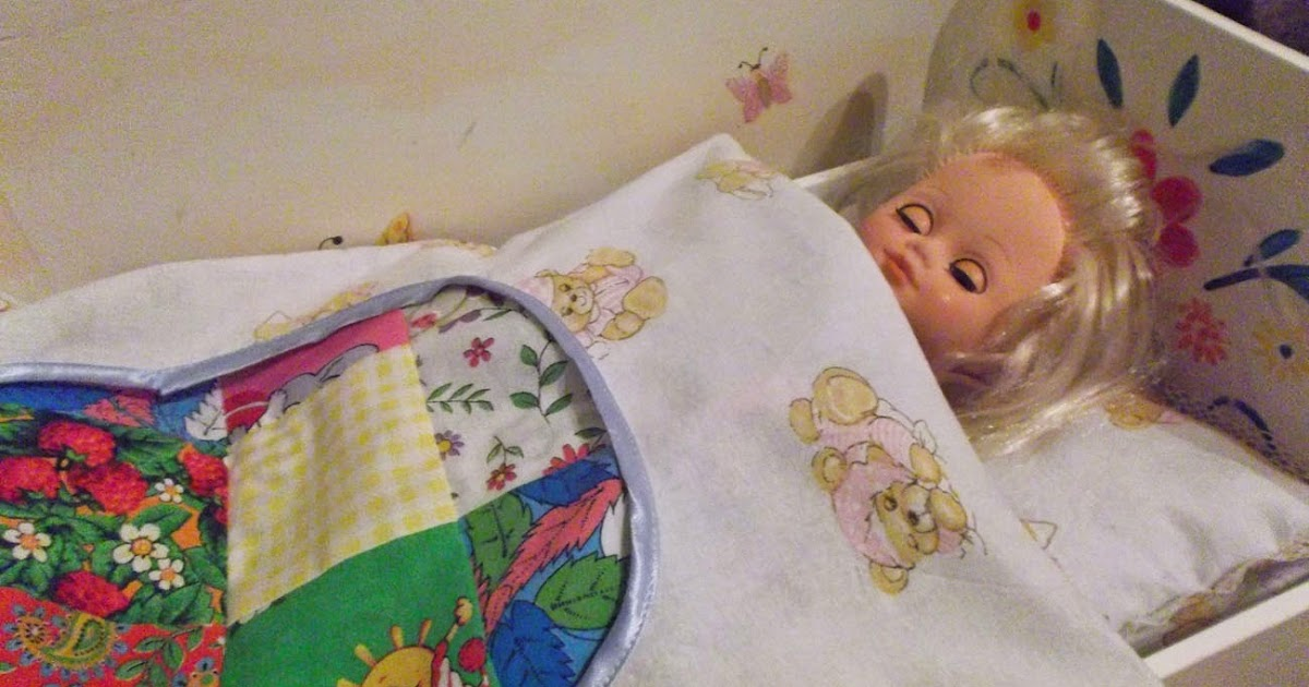 Постель для кукольной кроватки сшить своими руками 95