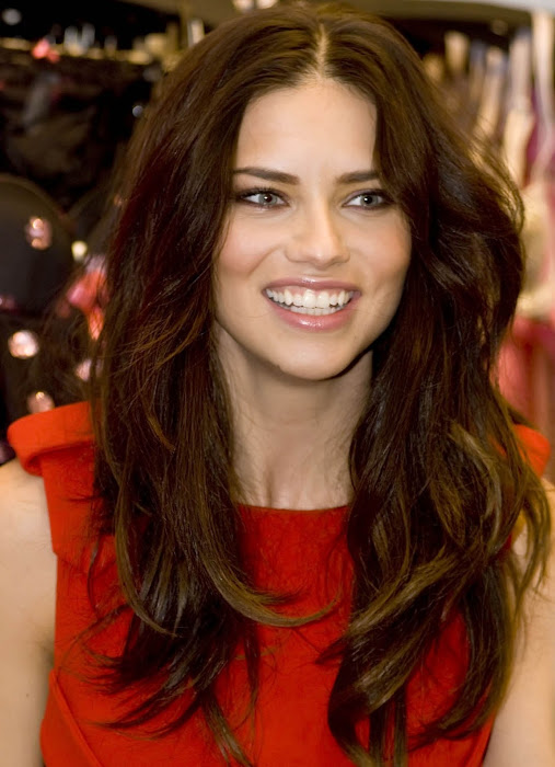 adriana lima actress pics