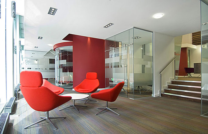 Office insurance office designs and interiors bank and for Sample office interior designs
