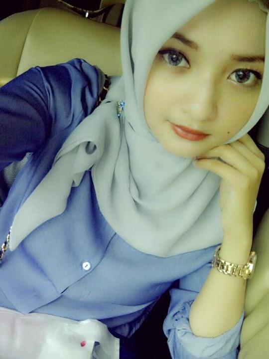 Wanita Muslimah Cantik Berhijab