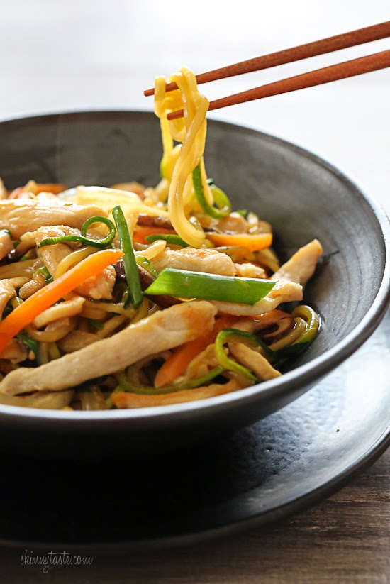Chicken%2BZoodle%2B%22Lo%2BMein%22%2BFor%2BTwo Chicken Zoodle Lo Mein For Two