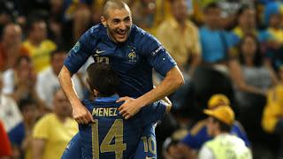 Benzema pieza clave en el triunfo galo