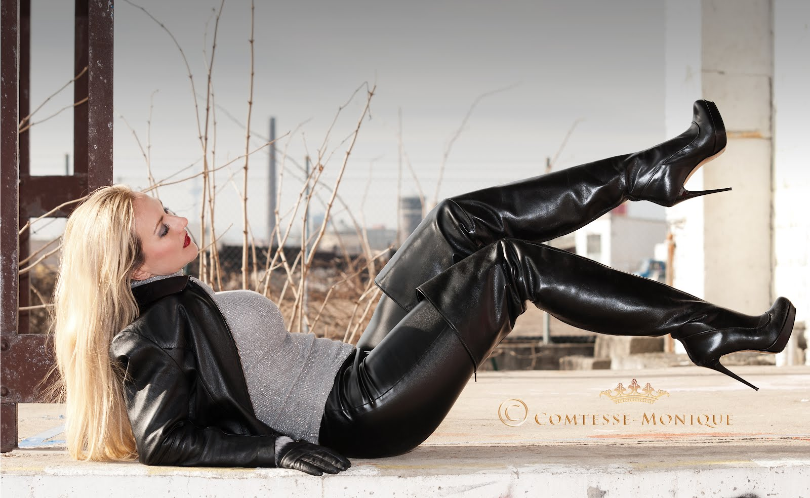 Older woman in tight leather pants