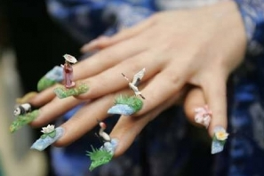 Nail Art Bird-flying