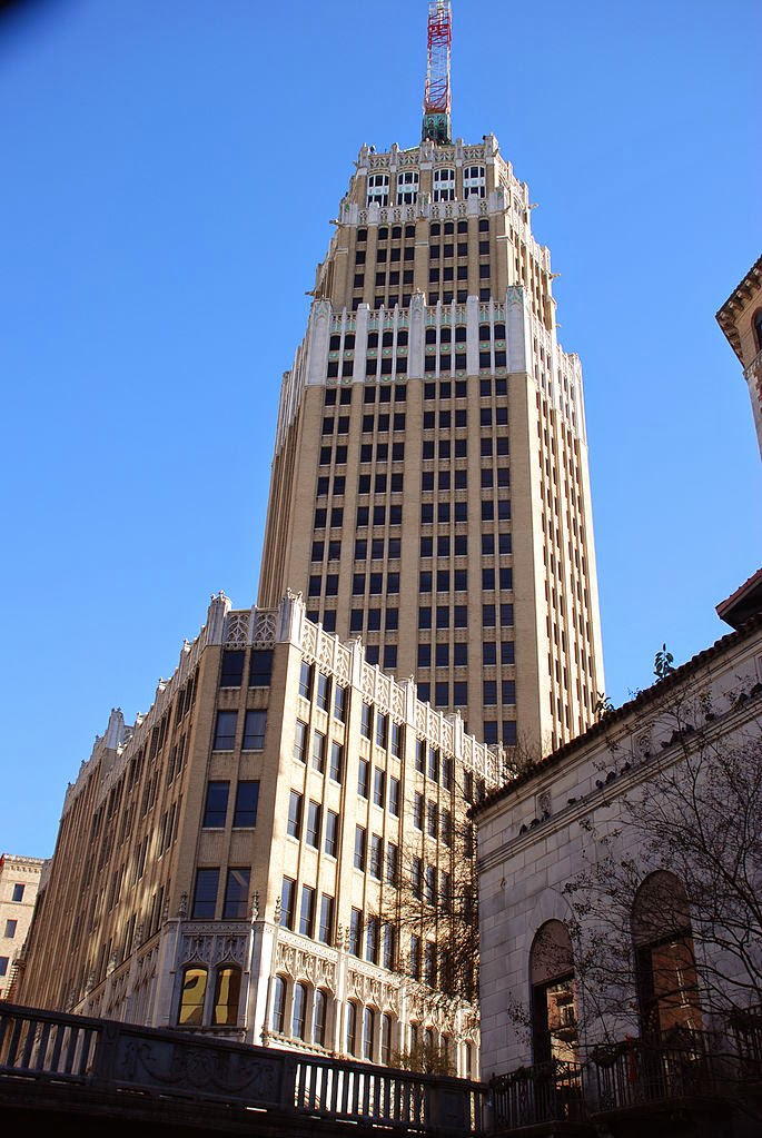 The Tower Life Building Begun In 1927 Was San Antonio Texass Tallest Skyscraper For Several Decades First Six Levels Housed Citys