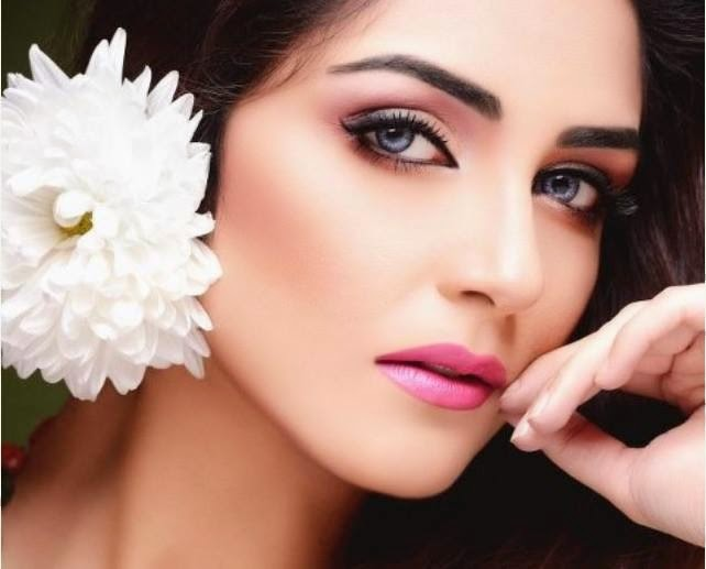 Maya Ali Top 10 Actress