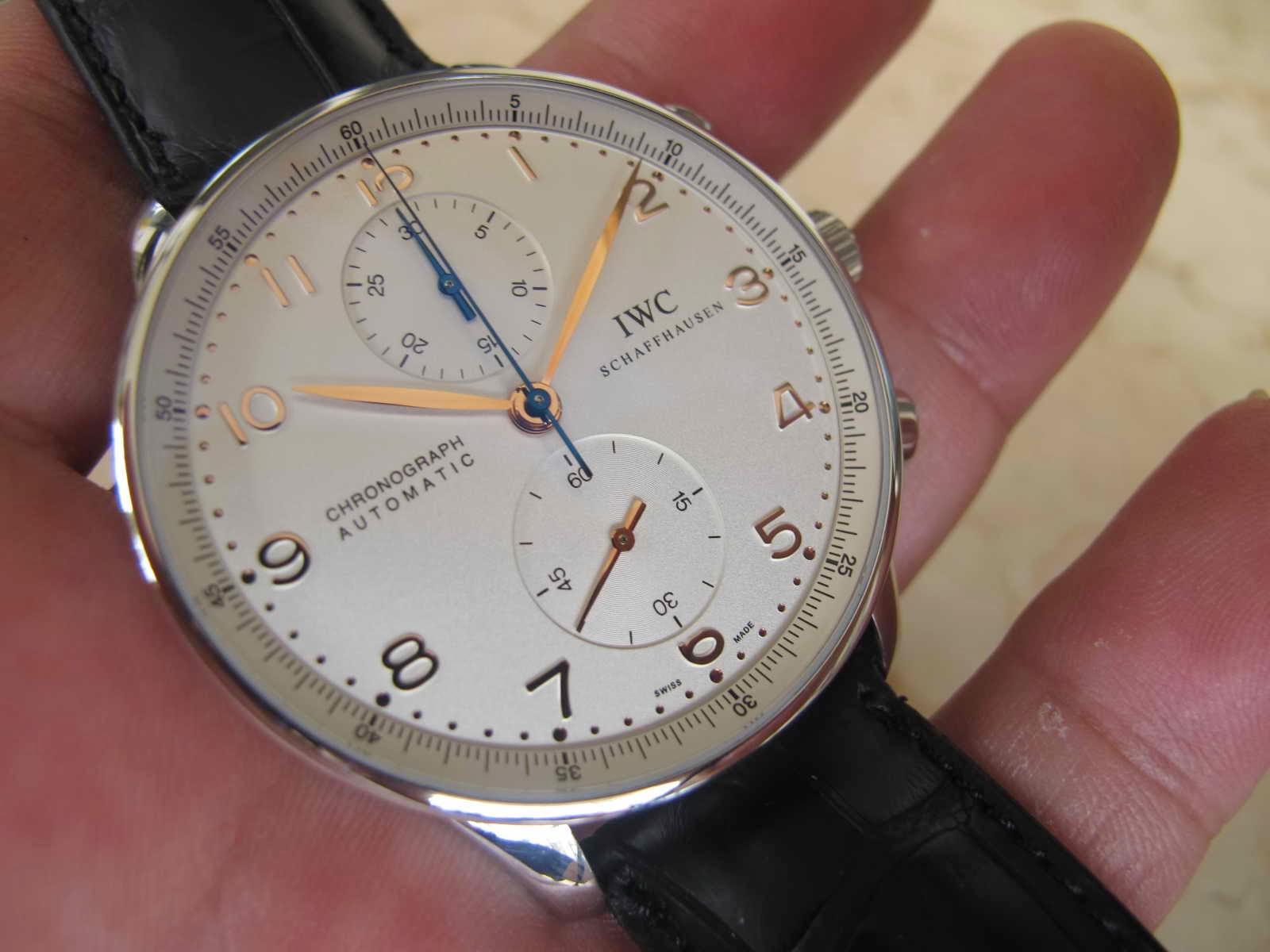 Namun bisa Anda dapatkan dengan harga yang reliable di sini Cocok untuk Anda yang sedang mencari jam tangan e of the Top Watch Brand