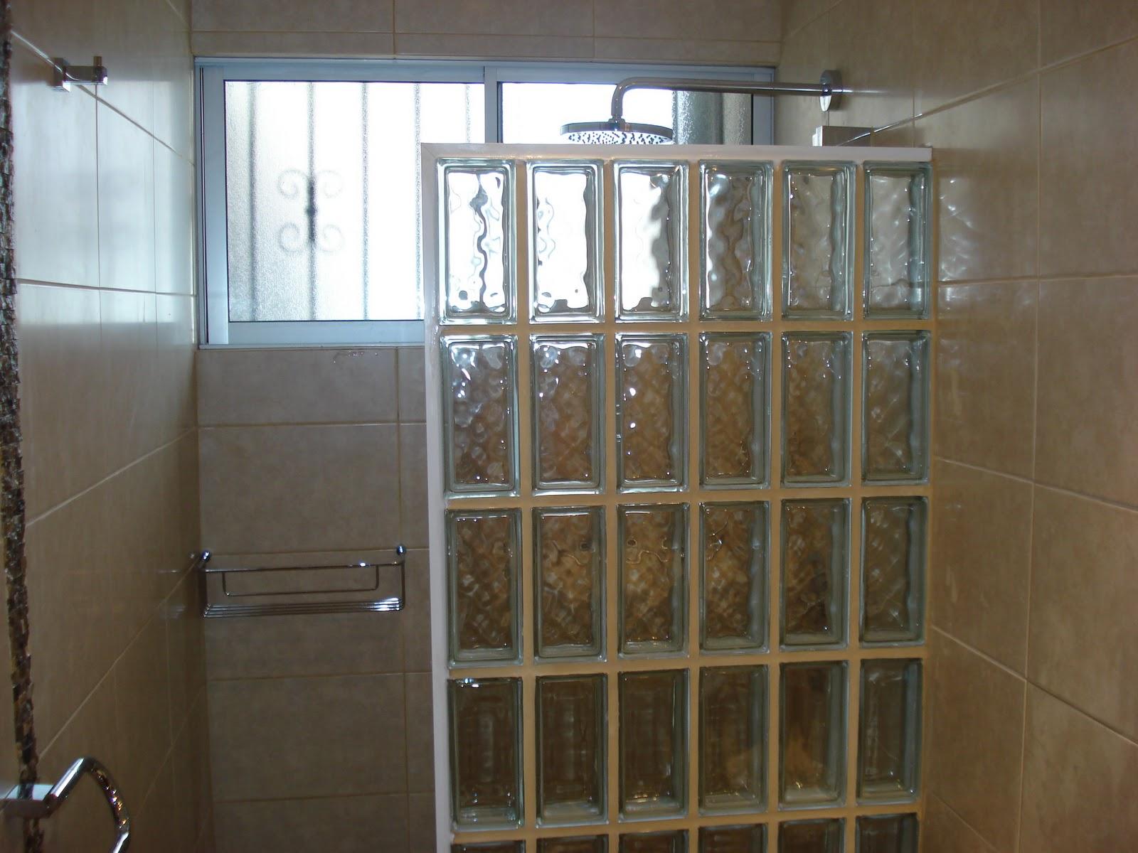 Estructuras met licas remodelacion de ba o - Bloques de vidrio para bano ...