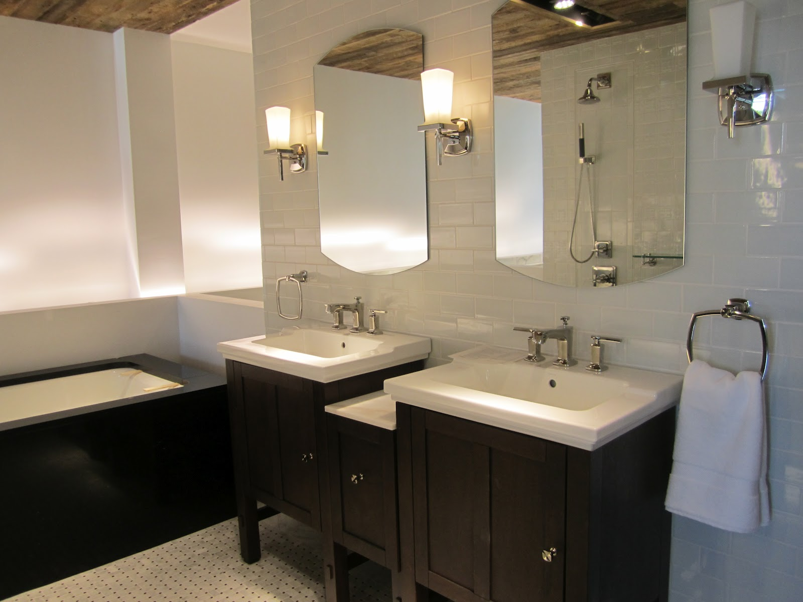 Kohler Showroom : We just got back from the beautiful new Kohler showroom in Edina, MN ...