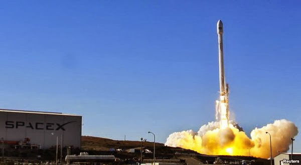 Inilah Roket Falcon 9 Yang Dirakit SpaceX
