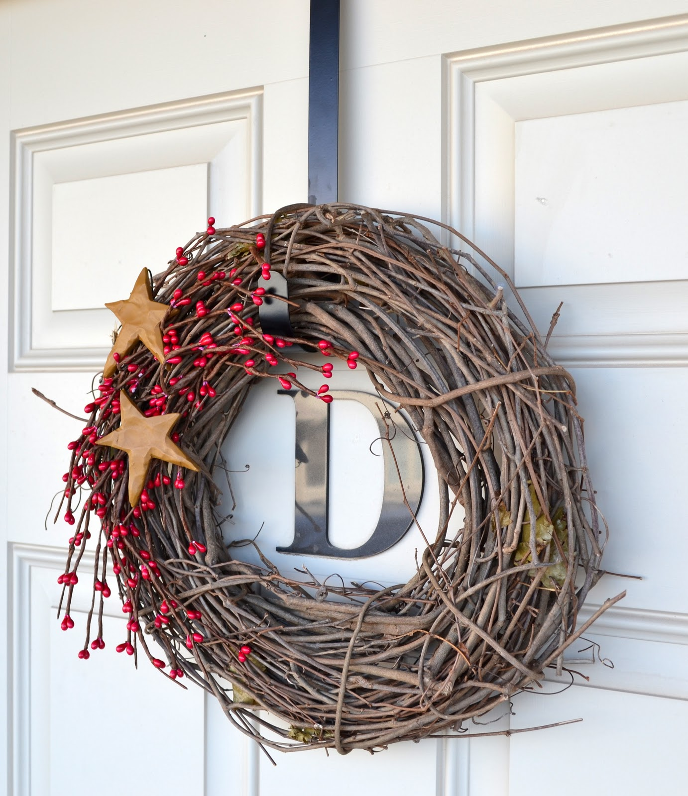 Decorating Your Apartment Door For Christmas