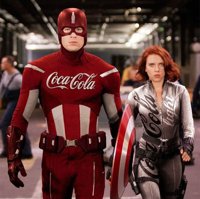 superheroes fichan por Coca-Cola