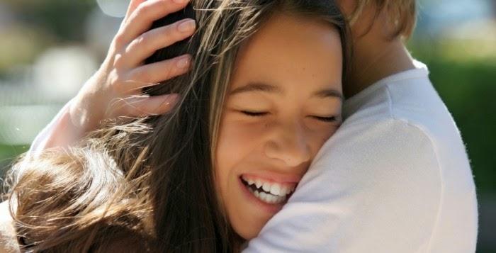 5 Cara Agar Pacar Anda Menjadi Romantis