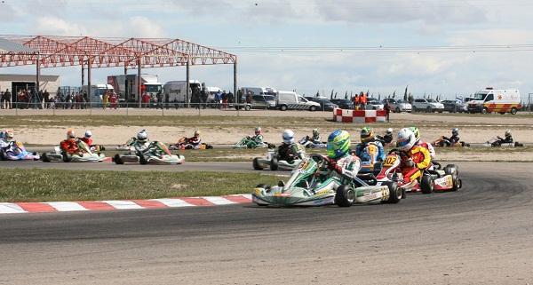 Circuito Zuera : M k karting espectáculo a lo grande en el circuito
