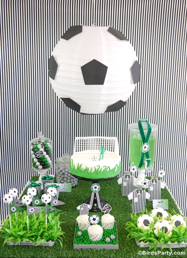 World Cup Party Ideas: Soccer Football Birthday Party Ideas and Desserts Table