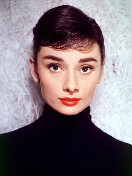 Philosophical Passion For Fashion Audrey Hepburn - Audrey-hepburn-makeup