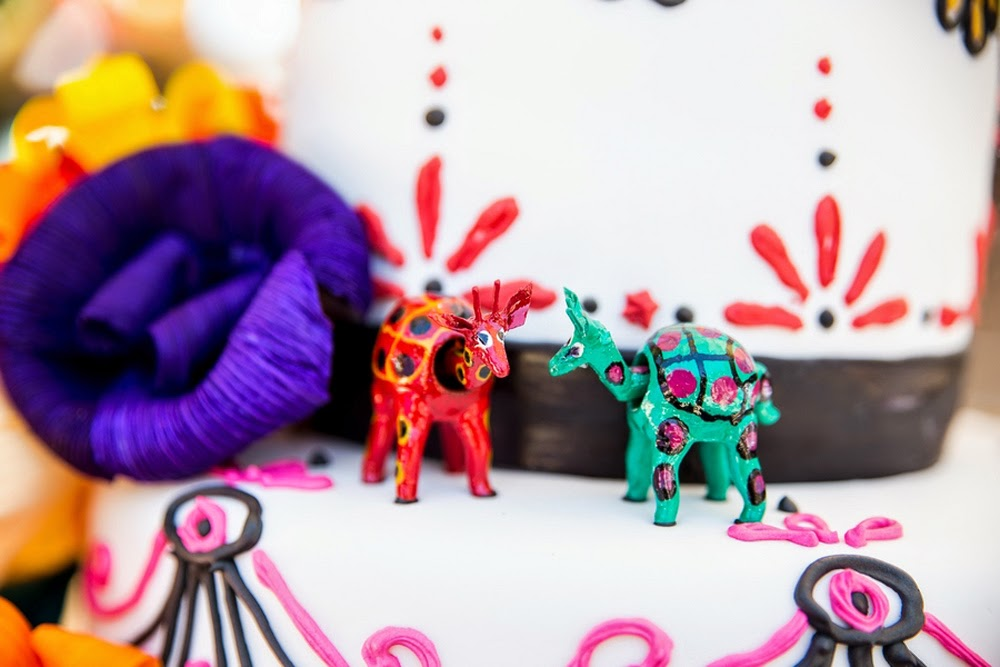 mexican themed wedding, oaxacan wood animals, mexican folk art