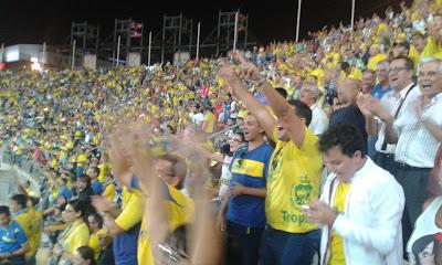 El público del Gran Canaria disfrutaba y se divertía